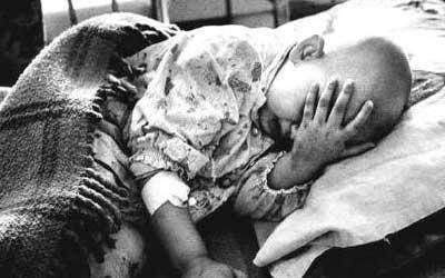 30iraq_child_hospital_400.jpg